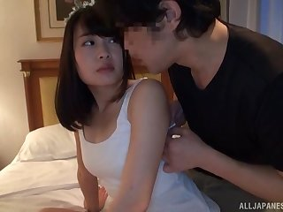 Brunette Japanese MILF Onoue Wakaba gets a cum shot in a hotel