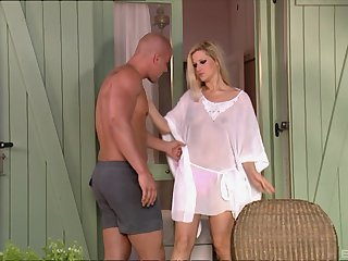 big blonde bombshell Sandra Del Marco gets cum in mouth outdoors